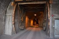 Vstup do jedného z mnohých jednosmerných tunelov.